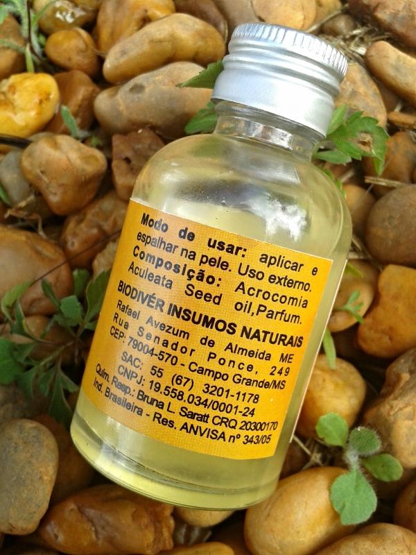 óleo de bocaiuva biodivér atrás