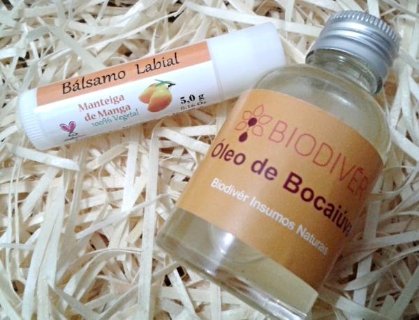 hidratante labial e óleo de bocaiuva