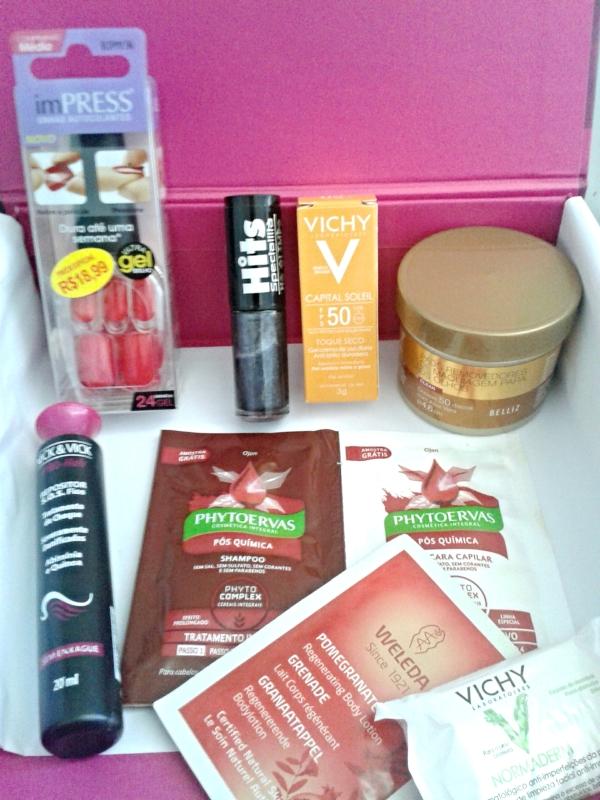 glambox de maio - caixinha com os produtos