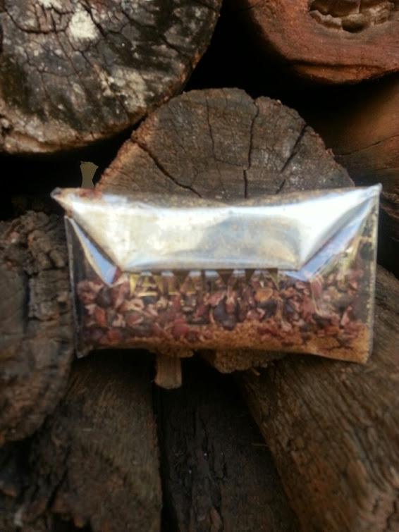 ritual box junho -  chocolate em pó.jpg