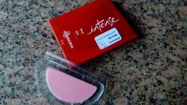 natimusbox make agosto - blush boticario.jpg