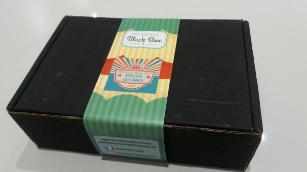 my-little-black-box-outubro-caixinha